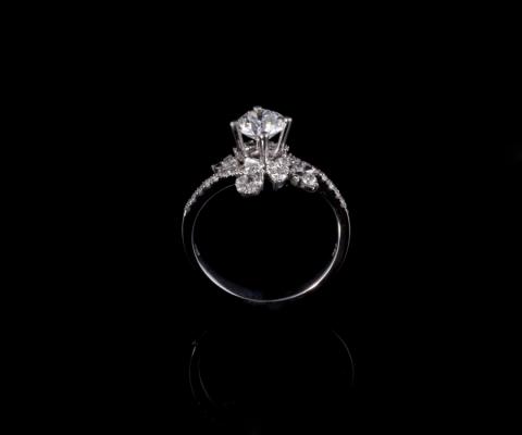 Nhẫn kim cương thiên nhiên NK 627