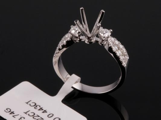 Ổ nhẫn kim cương thiên nhiên NK 1103