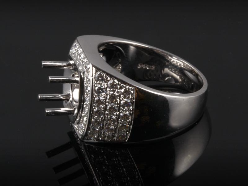 Ổ Nhẫn kim cương thiên nhiên NK 670 2
