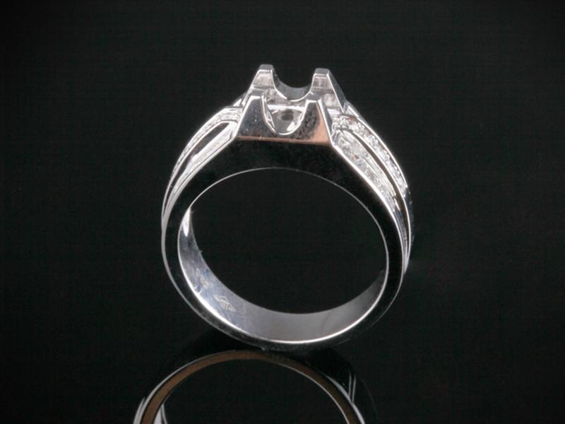 Ổ Nhẫn kim cương thiên nhiên NK 565 1