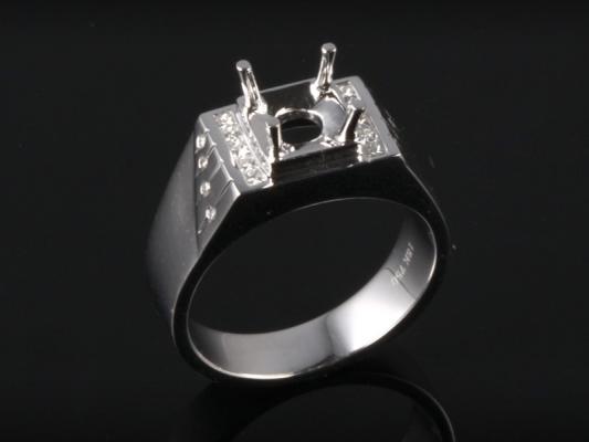 Ổ Nhẫn kim cương thiên nhiên NK 616