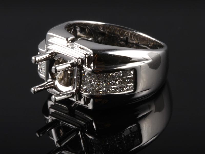 Ổ Nhẫn kim cương thiên nhiên NK 668 2