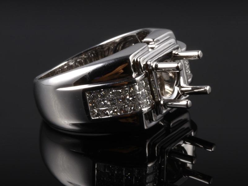 Ổ Nhẫn kim cương thiên nhiên NK 668 3