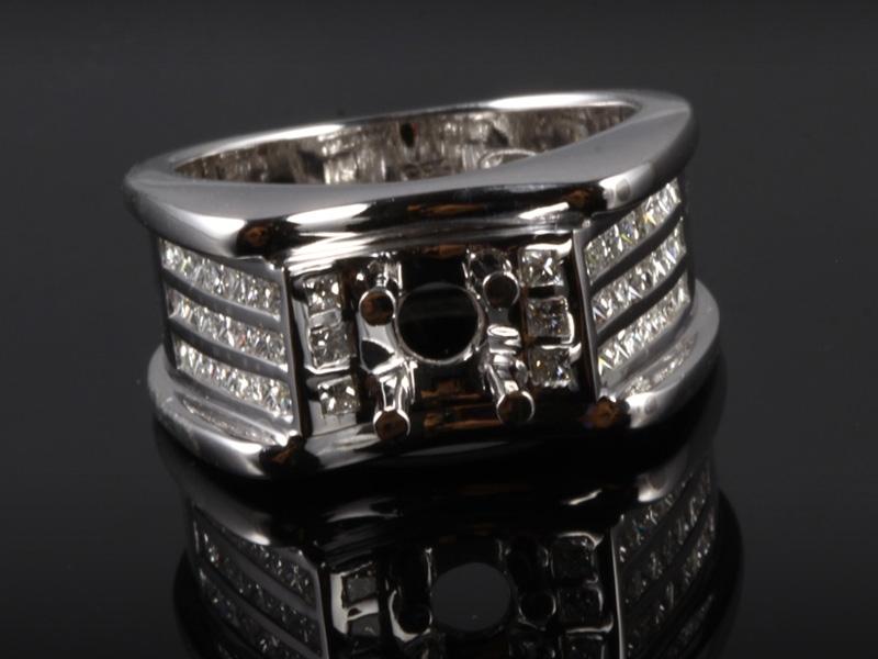 Ổ Nhẫn kim cương thiên nhiên NK 679 2