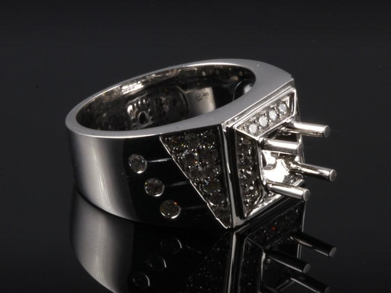 Ổ Nhẫn kim cương thiên nhiên NK 686 2