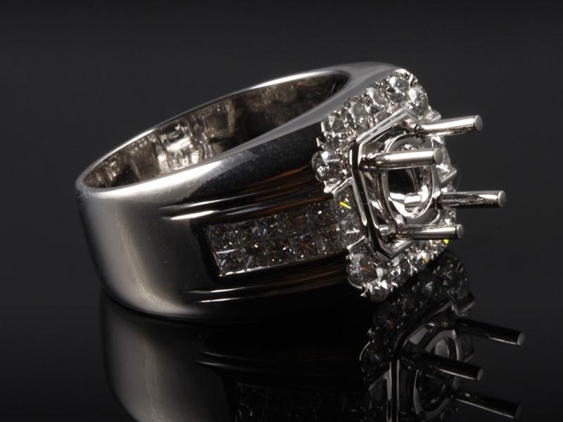 Ổ Nhẫn kim cương thiên nhiên NK 773 3