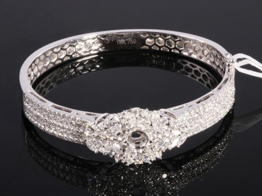 Ổ Vòng tay Kim cương thiên nhiên VK 283