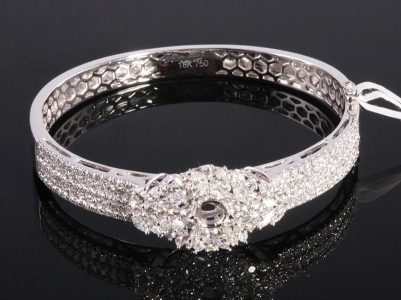 Ổ Vòng tay Kim cương thiên nhiên VK 283 1