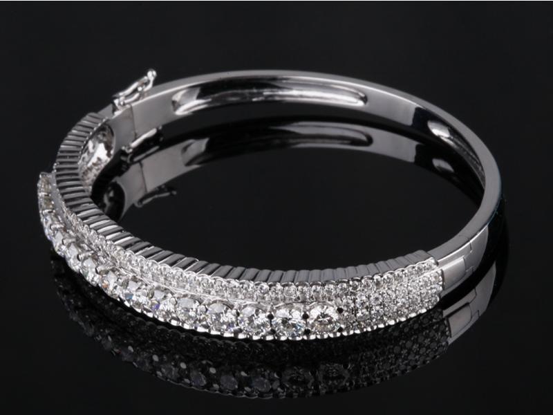 Vòng tay Kim cương thiên nhiên V 461 1