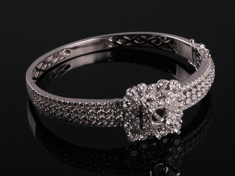 Vòng tay Kim cương thiên nhiên V79 3