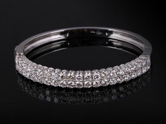 Vòng tay Kim cương thiên nhiên VK 232