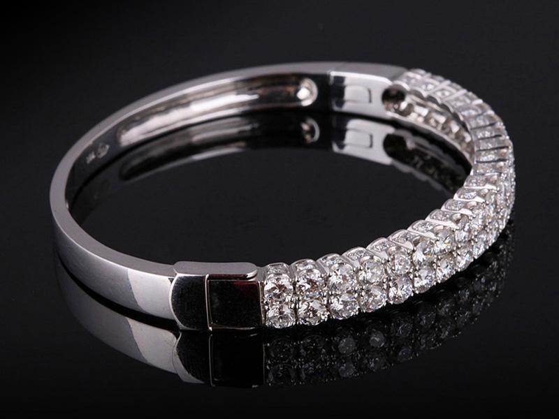Vòng tay Kim cương thiên nhiên VK 232 2