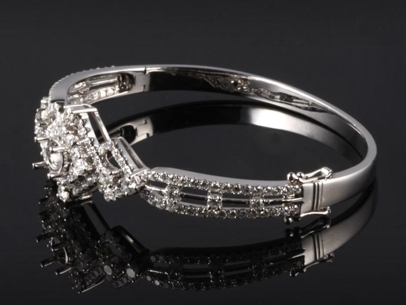 Vòng tay Kim cương thiên nhiên VK 50 3