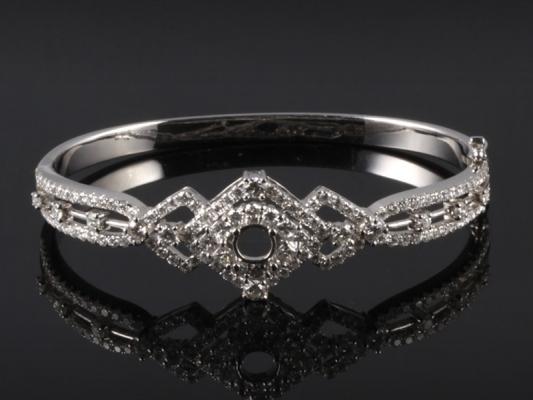 Vòng tay Kim cương thiên nhiên VK 50