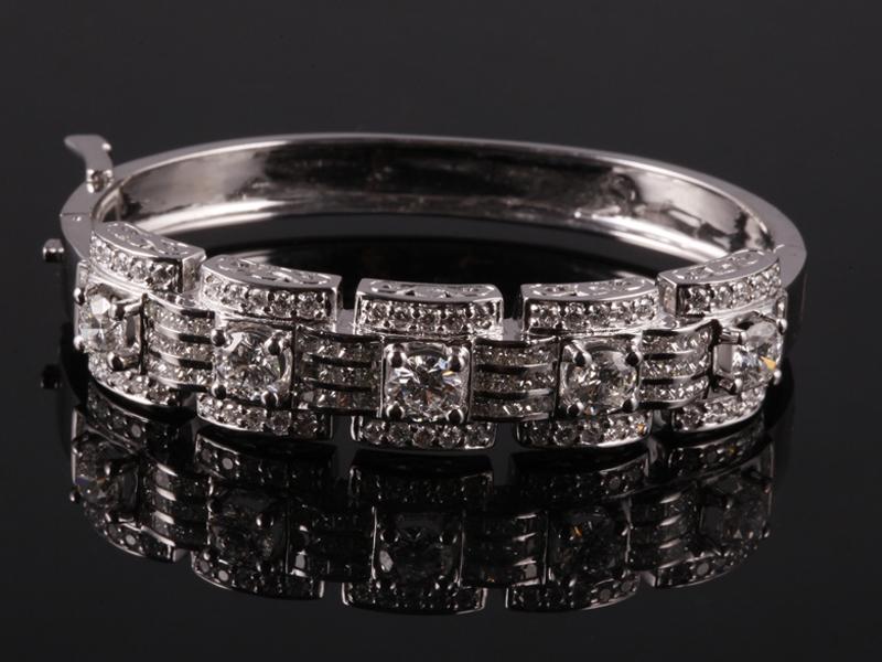 Vòng tay Kim cương thiên nhiên VK 64 1