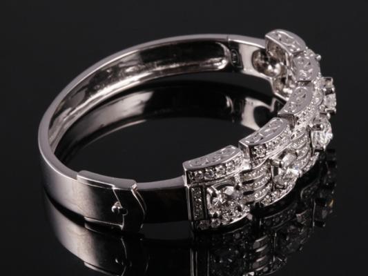 Vòng tay Kim cương thiên nhiên VK 64