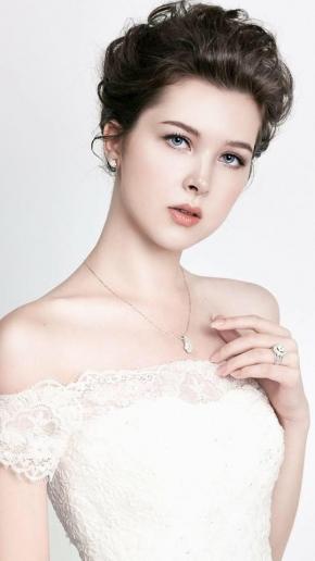 Chọn mua nhẫn kim cương nữ và những điều cần lưu ý