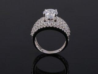 Nhẫn nữ vàng Ý 18k NT 889